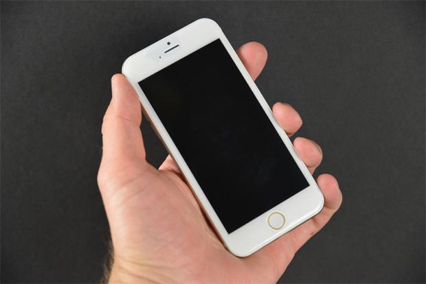 iPhone 6 予想画像 (Sonny Dickson氏 モックアップ画像)