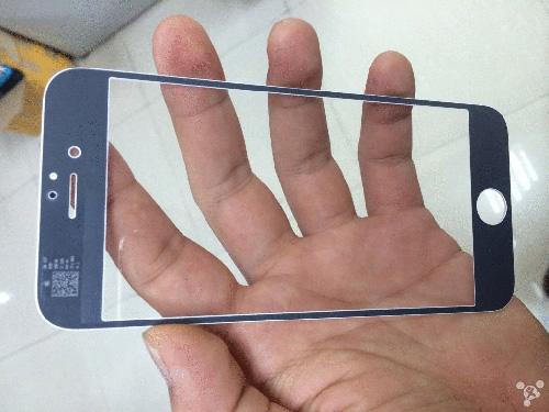 黒バージョンのiPhone 6