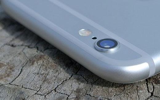 iPhone6sのiSightカメラは、1200万画素、4K動画撮影対応、FaceTimeカメラはフラッシュ機能が追加