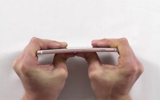 iPhone6s Plus、曲がり検証動画が公開される