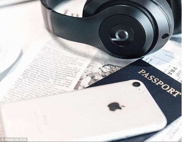 iPhone7に新色追加?純白のジェットホワイト