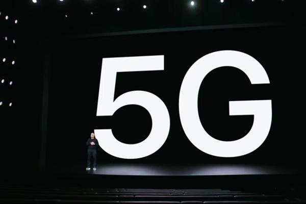 iPhone 12 は5G対応