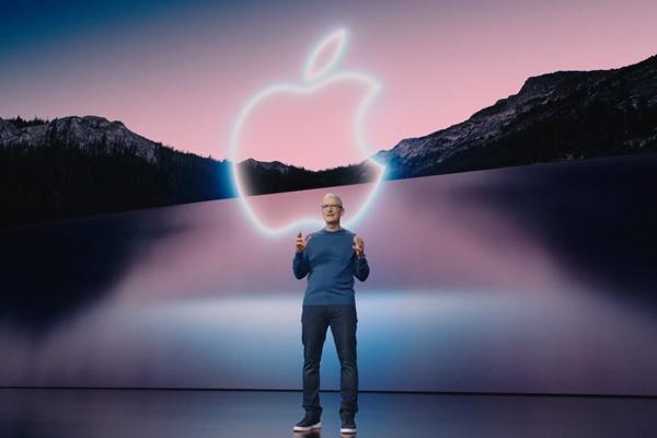 予約好調!Apple「iPhone 13」全4機種、予約はオンラインがオススメ!